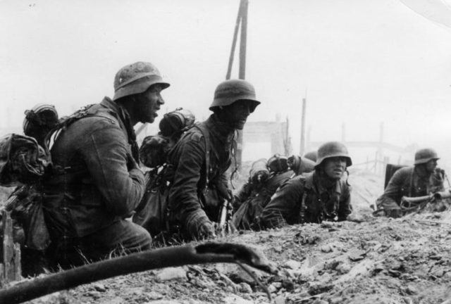 Germany-infantry-in-position-for-an-attack